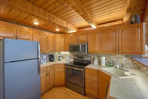 5 Bedroom Cabin in Gatlinburg with Full Kitchen - Hearts Desire