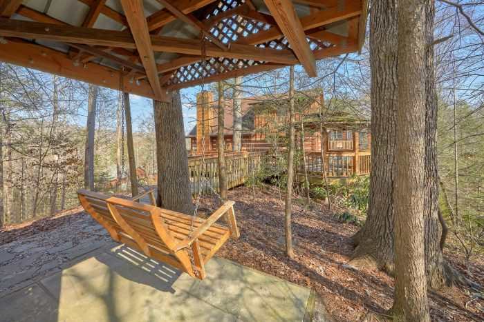 Gatlinburg Cabin with Covered Swing Sleeps 14 - Hearts Desire