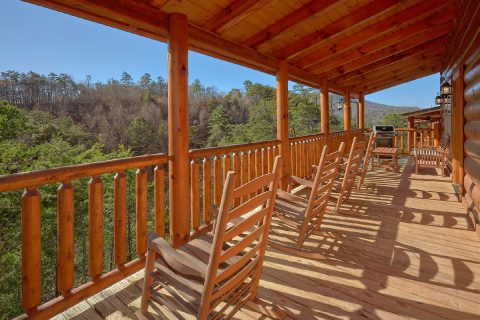 Bear creek Crossing 4 Bedroom Cabin Sleeps 10 - Heavenly Hideaway