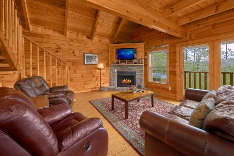 Premium 2 Bedroom Cabin with Fireplace - Heaven's Gift