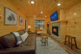 Premium 2 bedroom cabin with gas fireplace