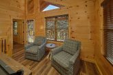 Luxury cabin with 2 bedrooms and game room