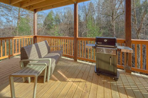 Pigeon Forge 2 bedroom cabin with gas grill - Hemlock Splash