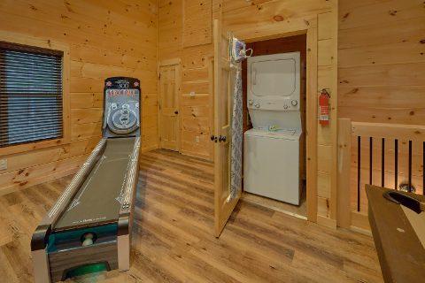 Premium 2 bedroom pool cabin with washer/dryer - Hickory Splash