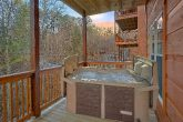 2 bedroom cabin with hot tub and private pool