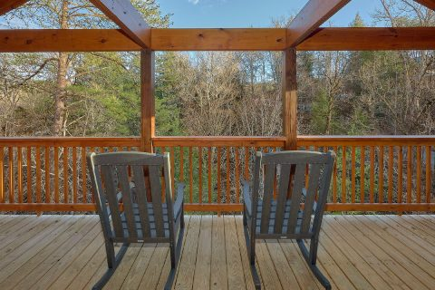 2 bedroom indoor pool cabin with wooded view - Hickory Splash