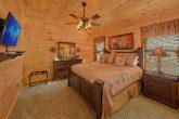 Top Floor King Bedroom Cabin Sleeps 12