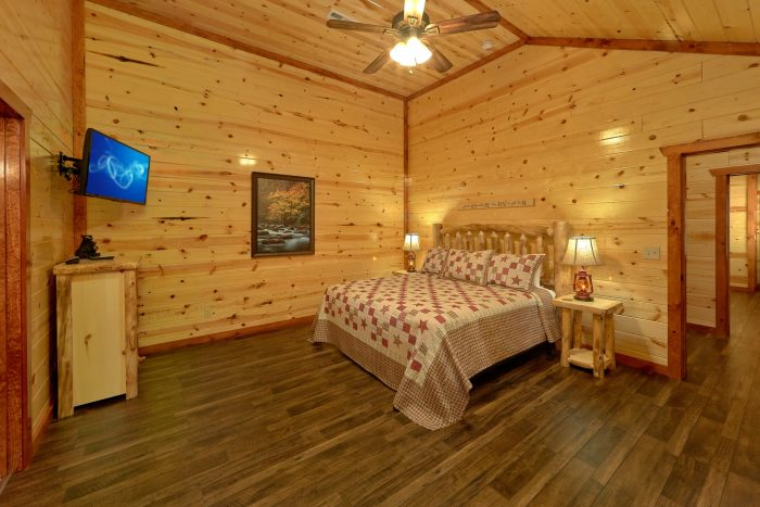 Brand-New 6 Bedroom Pool Cabin in the Mountains - High Dive