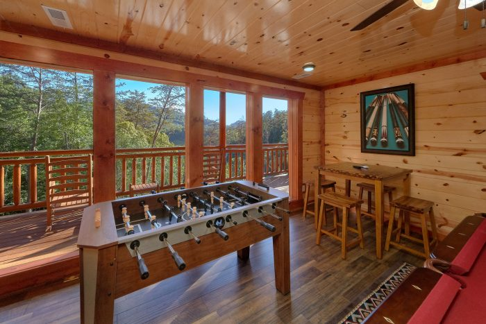 6 Bedroom Cabin with a Foosball Table - High Dive