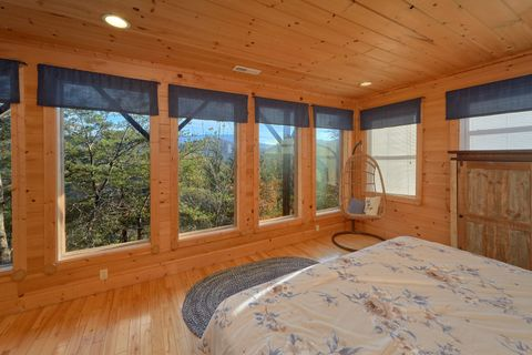 1 Bedroom Cabin Sleeps 6 With Views - Higher Ground