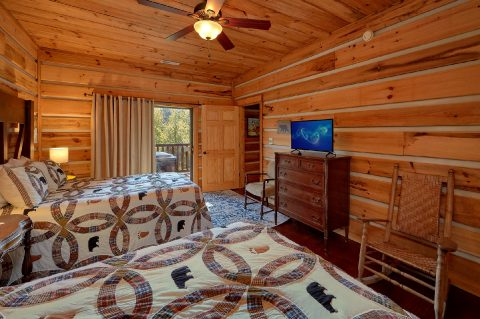 Private bedroom with 2 Full beds and TV - Hillbilly Hideaway