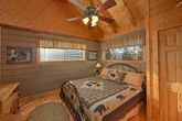 1 Bedroom Cabin with a Spacious Master Suite