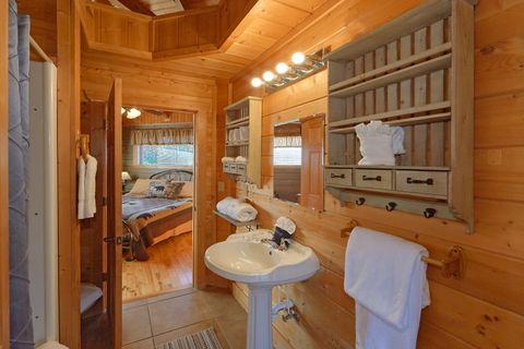 Wears Valley Cabin1 Bedroom 1 Bath Sleeps 6 - Hilltopper