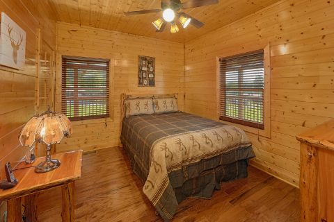 Premium Cabin in Wears valley with 3 bedrooms - Honey Bear
