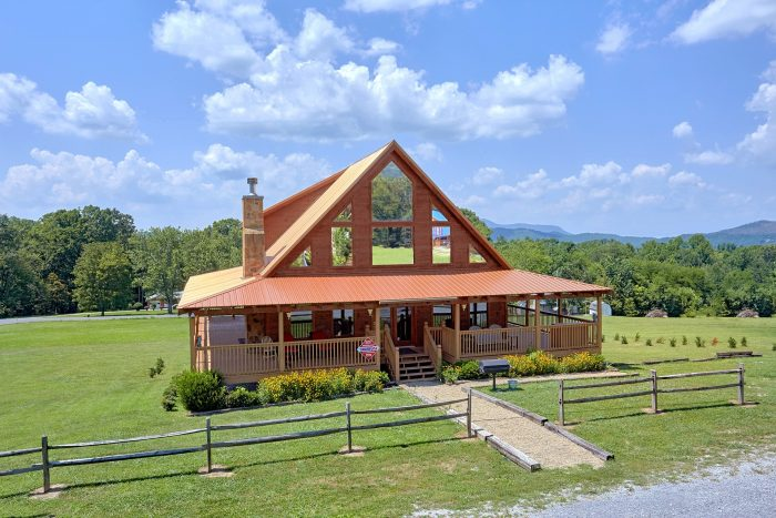 Honey Bear Cabin Rental Photo