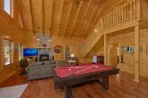 Luxury Cabin with Pool Table and Fireplace