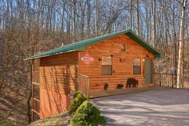 Honeymoon Gardens Near Dollywood - Cabins USA Gatlinburg