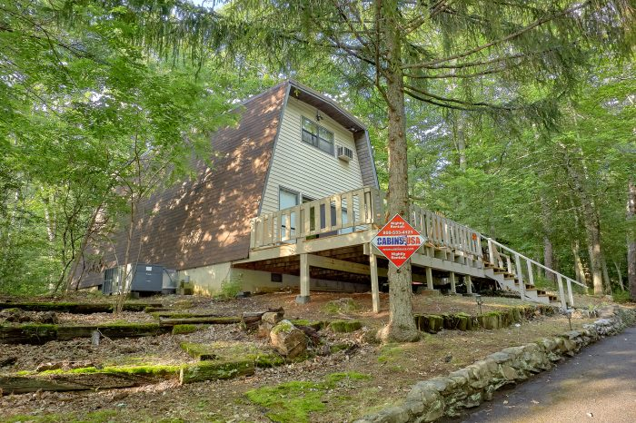Honeycomb Hideout Cabin Rental Photo