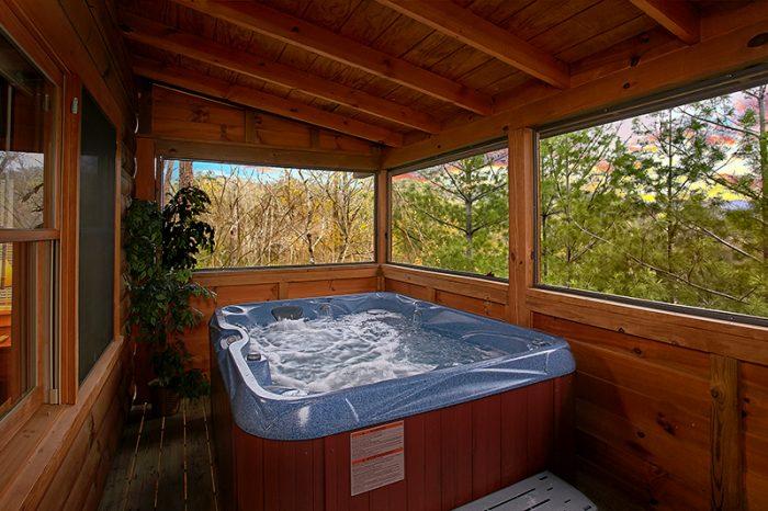 Private Hot Tub 1 Bedroom Cabin Pigeon Forge - Honeymoon Getaway