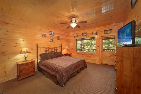 Premium Cabin in the Smokies with 4 King Beds - Hook, Line and Sinker