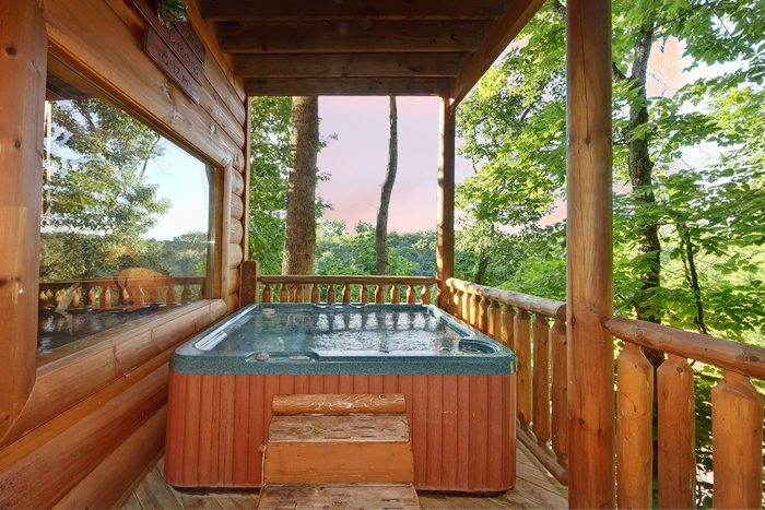 Smoky Mountain 4 Bedroom Cabin with Pool Table - Hook, Line and Sinker