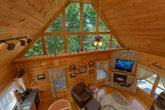 Wooded View and Hot Tub at 1 bedroom cabin