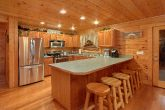 Spacious Kitchen 5 Bedroom Cabin