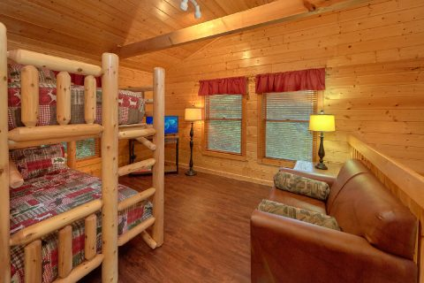 Pigeon Forge 5 Bedroom with Extra Sleeping - In The Heart Of Pigeon Forge