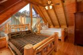 8 Bedroom Cabin Sleeps 28 with Extra Beds