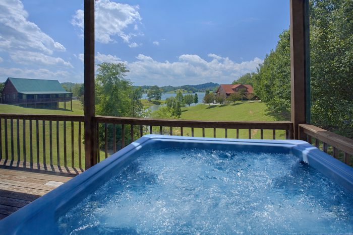 Private Hot Tub with View of the Lake - Ivey's Cove