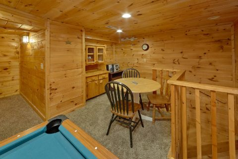 1 Bedroom Cabin with Game Room - Jasmine's Retreat