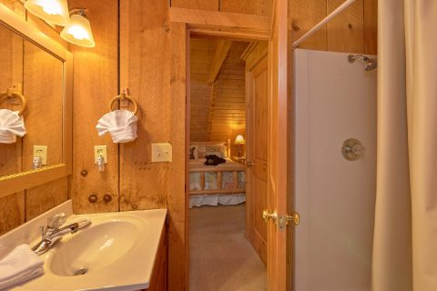 Rustic cabin with 2 full baths and King beds - Just Barely Making It