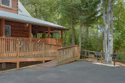 Ramp 6 Bedroom Cabin Sleeps 18 - KenKnight's Wilderness Lodge