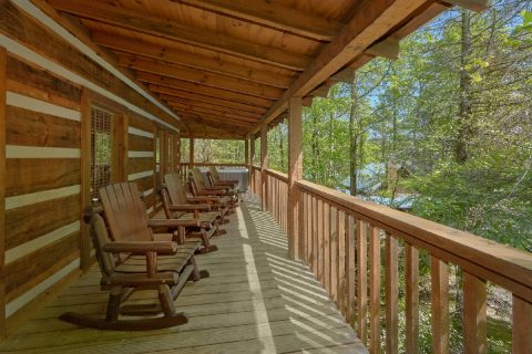 1 Bedroom Cabin with wrap around deck - Kicked Back Creekside