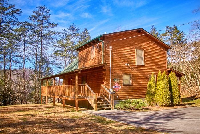 Knotty and Nice Cabin Rental Photo