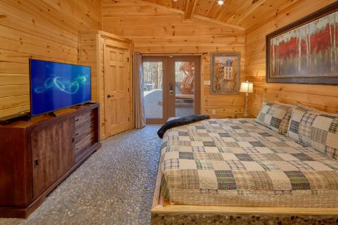 Spacious Master Suites 4 Bedroom Cabin - La Dolce Vita