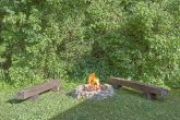 3 bedroom cabin rental with Fire Pit and Hot Tub
