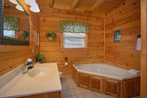 Premium 3 Bedroom Cabin with 2 Jacuzzi Tubs - Lasting Impression