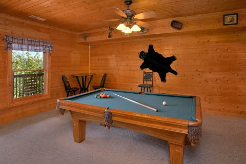 3 Bedroom Cabin with Pool Table - Lasting Impression