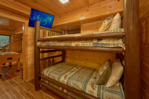 Rustic 4 bedroom cabin with bunk beds for 4 - Laurel Manor