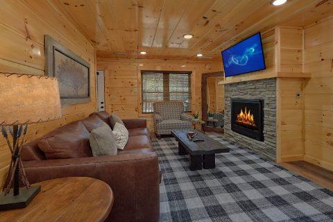 2 bedroom luxury cabin with fireplace - Laurel Splash