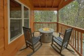 Cabin with 2 fire pits, indoor pool and hot tub