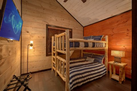 5 Bedroom Cabin Sleeps 14 LeConte Views - LeConte Views