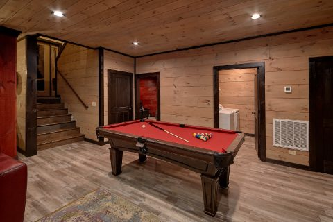 Pool Table Gaame Room Cobbly Nob - LeConte Views