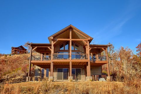 Spectaculal 5 Bedroom Cabin with Views - LeConte Views