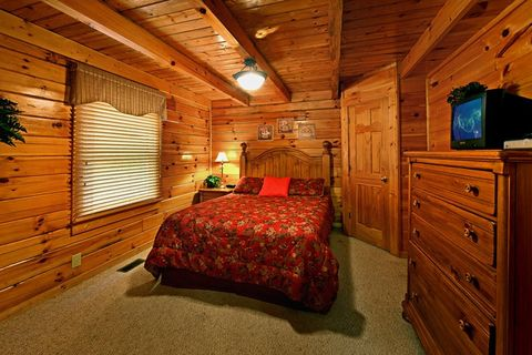 Cabin with Queen Bedroom - Little Cove Hideaway