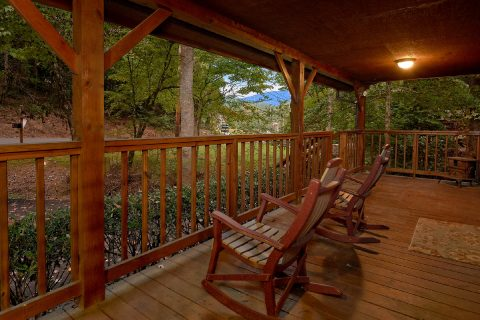 Gatlinburg Cabin with stream and Mountain View - Little Wren