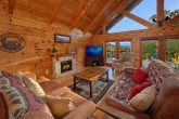 3 Bedroom 3 Bath Cabin Sleeps 10