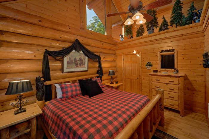 4 Bedroom Cabin with Private Jacuzzi Tub - Lodge Mahal