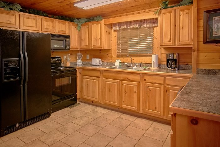 Luxury Cabin with Kitchen and Bar Area - Lookin Up